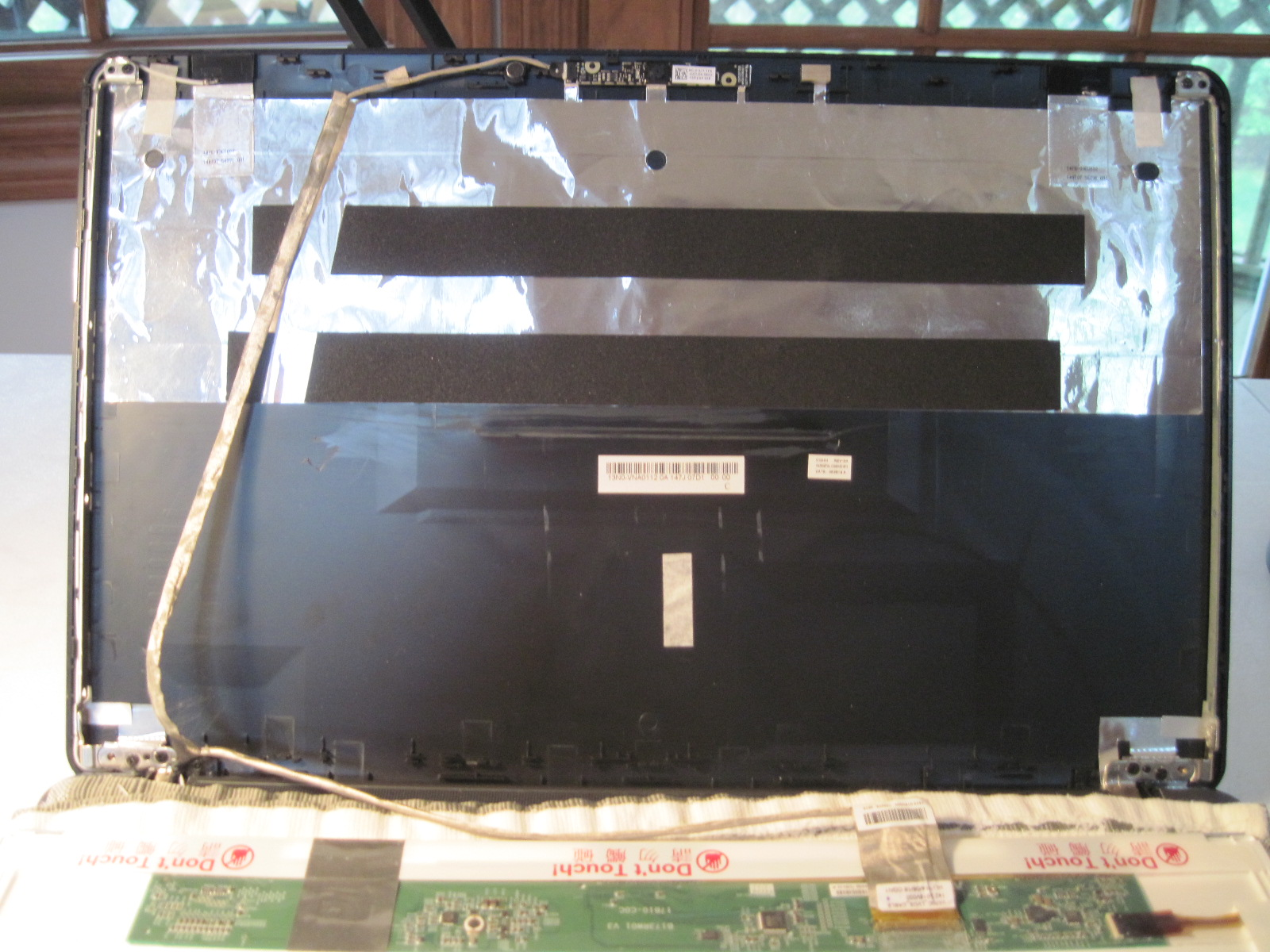 Behind-display-Acer-laptop